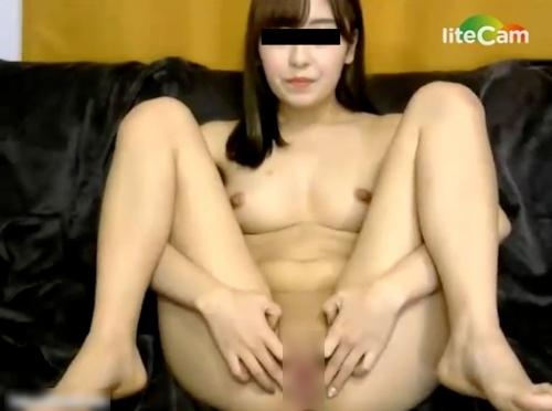 ライブチャットでおマンコくぱぁしてる日本の素人美女のヌード画像 1