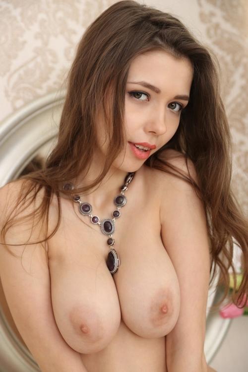 ウクライナ美女 Milla セクシーヌード画像 16