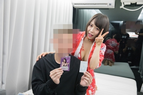 台湾アダルトエキスポに日本の人気AV女優が多数参加で台湾男性が大興奮 19
