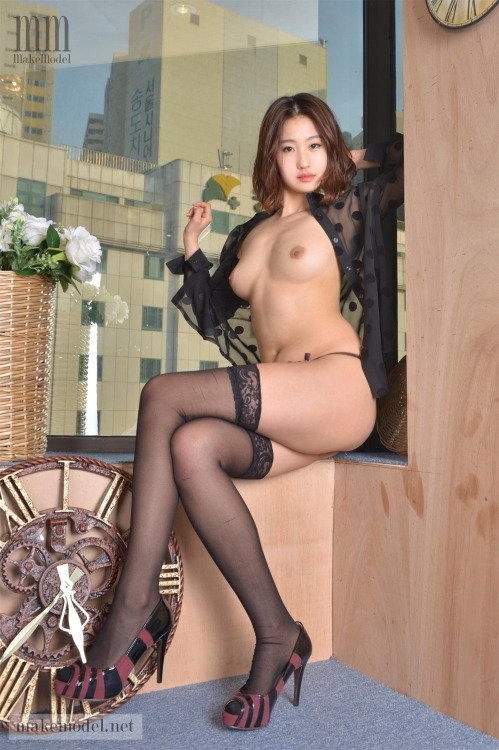 韓国美女モデル セクシーヌード画像 8