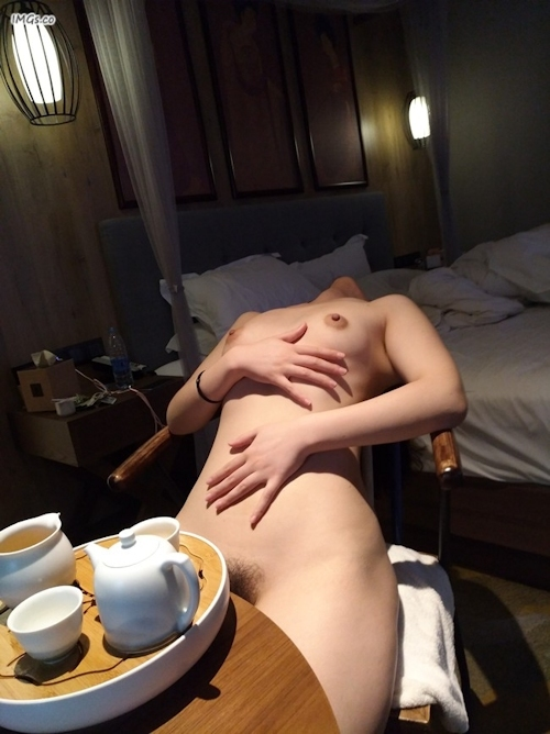 愛人という中国の素人女性のヌード画像 10