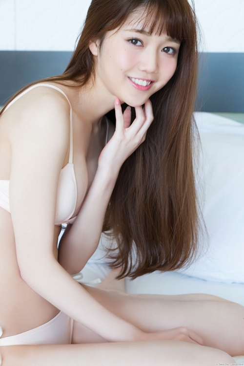 松川菜々花 セクシーグラビア画像 8