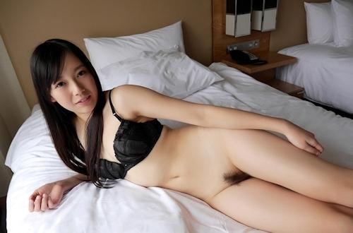 清楚系のきれいなお姉さん 新川優衣 セックス画像 3