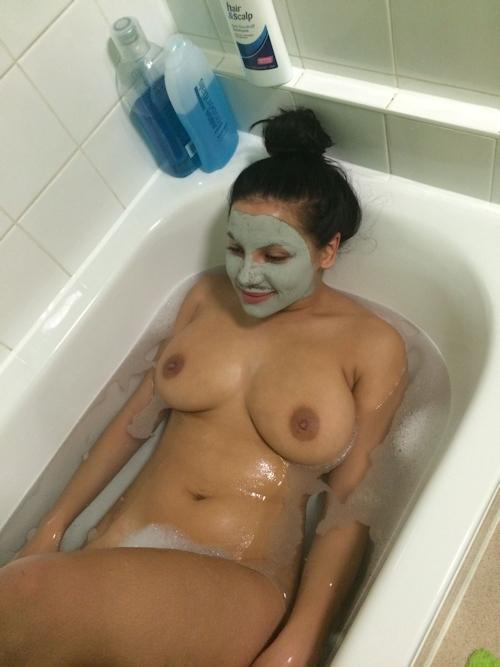 イギリスモデル Lacey Banghard(レイシー・バングハード)の流出ヌード画像 9