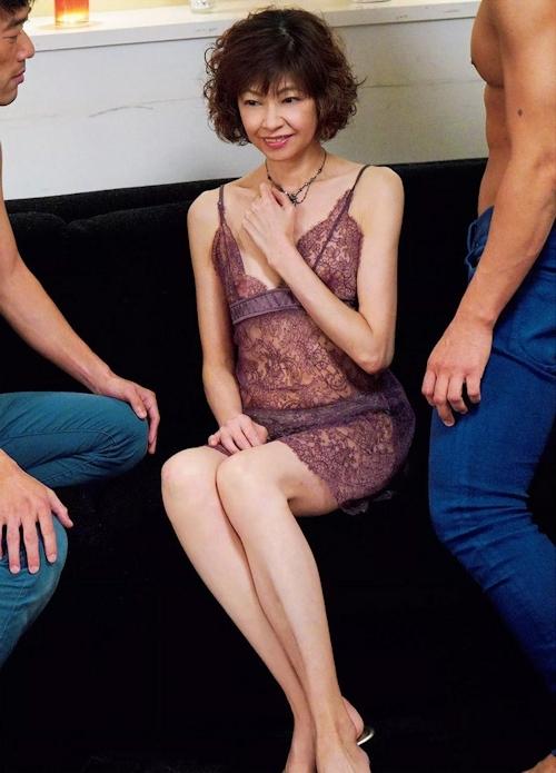 もちづきる美 セックス画像 2