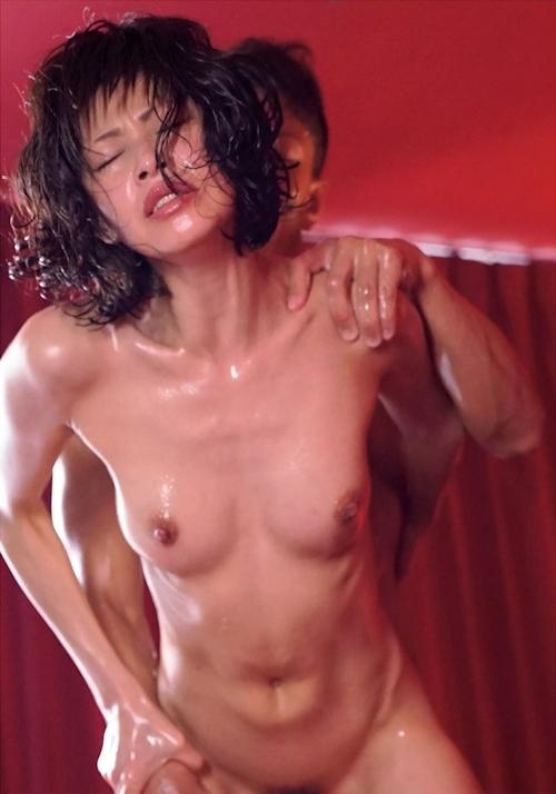 もちづきる美 セックス画像 10