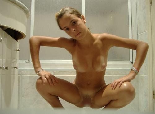 西洋の素人美女のヌード画像 28