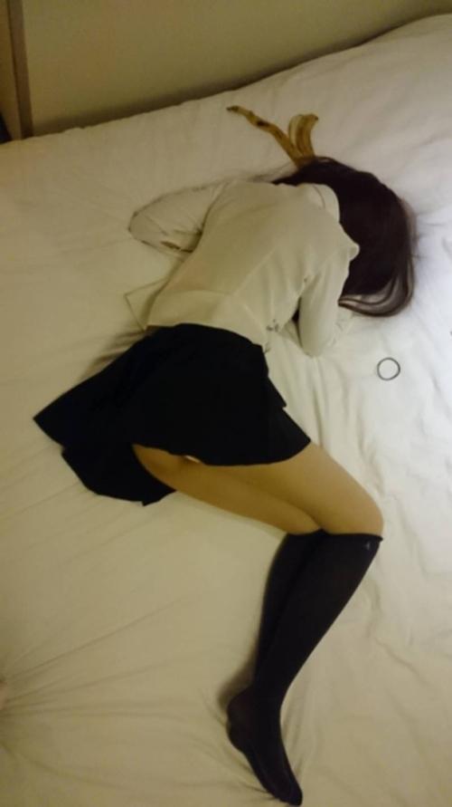 18歳の中国少女のハメ撮りセックス画像 3