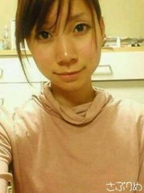 スレンダーな日本の素人美女の自分撮りヌード画像 1