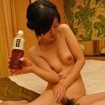 日本の美人妻を撮影したヌード画像