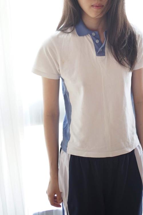 美微乳&パイパン少女の緊縛ヌード画像 1