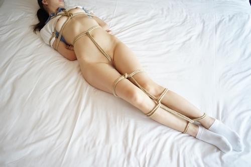 美微乳&パイパン少女の緊縛ヌード画像 8
