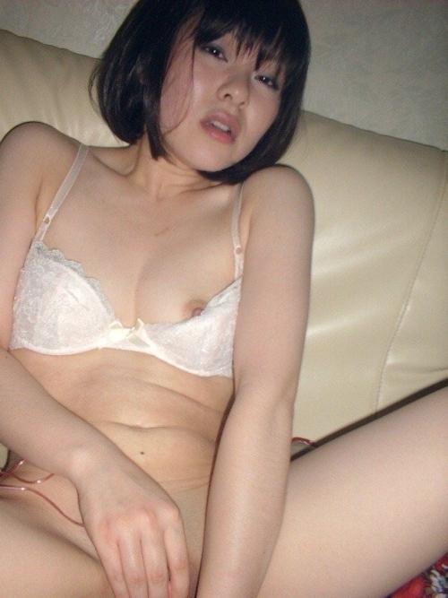 日本のパイパン美人妻の不倫セックス画像 6