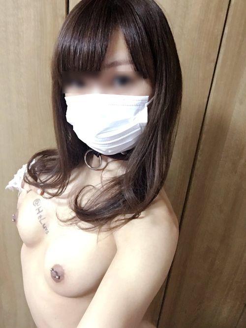 日本のEカップ美乳美女の調教ヌード画像 18