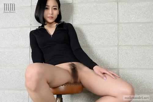 韓国美女モデルのヘアヌード画像 3