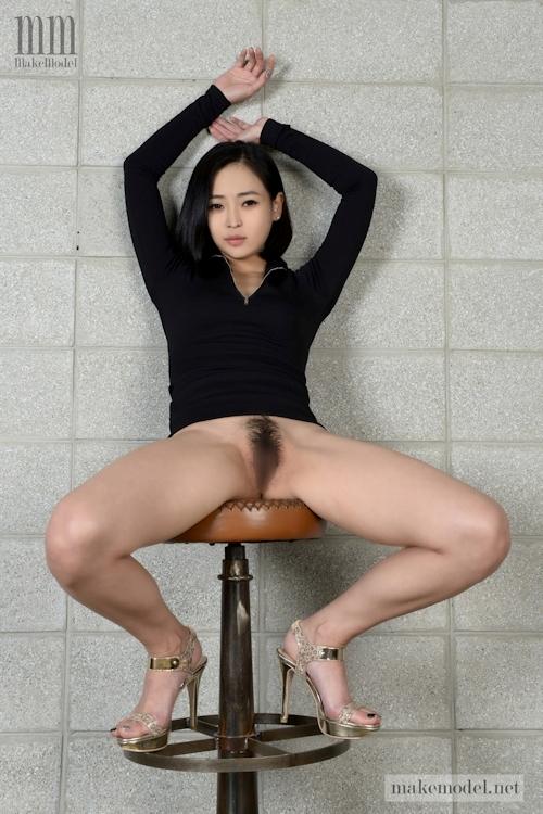 韓国美女モデルのヘアヌード画像 4