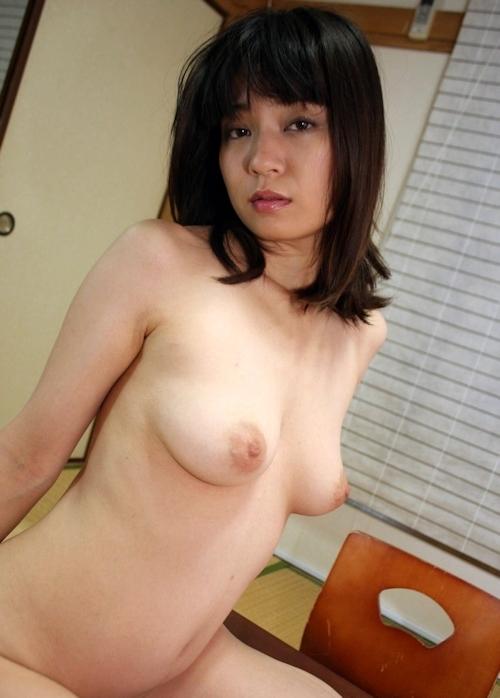 Fカップ巨乳な28歳美人妻 海野のどか ヌード&セックス画像 9