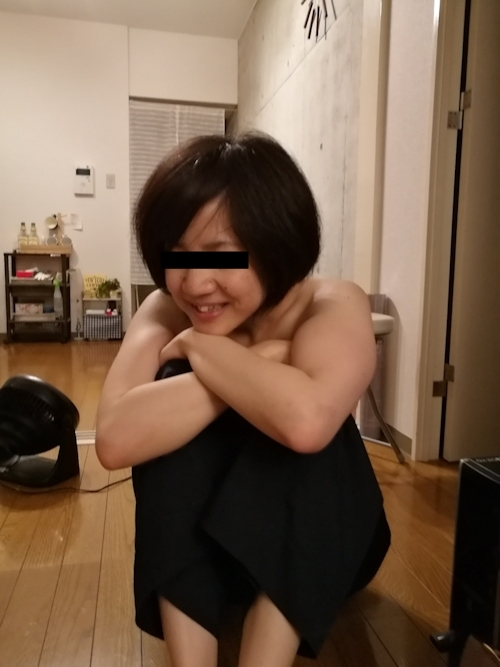 日本の素人美女の流出ヌード画像 2