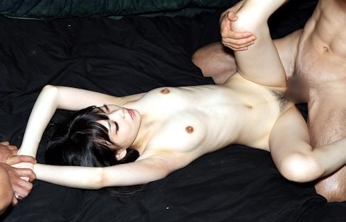 ロリ系美少女 おりたかな 乱交セックス画像 11