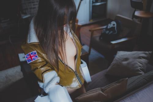 パイパン中国美女のコスプレヌード画像 7