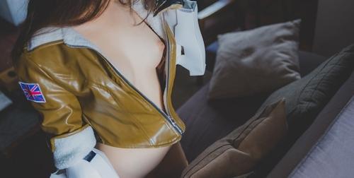 パイパン中国美女のコスプレヌード画像 9