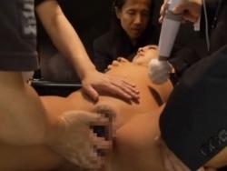 バイブでイカされる浅田真○①(無料) - エロ動画 アダルト動画