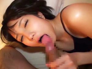 湊莉久 個人撮影モデルにハメ撮りをお願いしたら実はオナニー中毒痴女でチンポでマンコを突かれイキまくりでした!