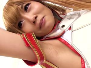 【大槻ひびき】ゲームの世界だから何でもOKなコスプレ美少女の腋を舐めまくって中出しSEX!
