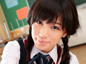 最強グラビアアイドル制服美少女に教室で手コキフェラで抜いてもらい大量顔射しちゃいます!高橋しょう子