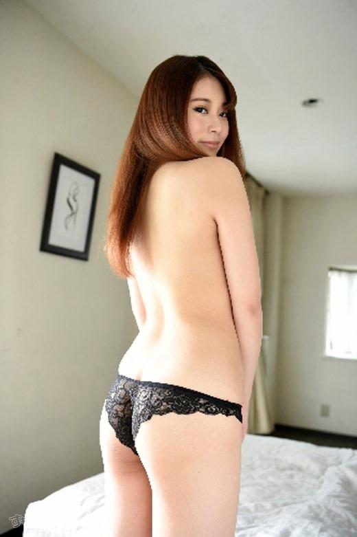 小林メイ 画像 03