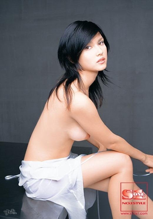 小澤マリア 50