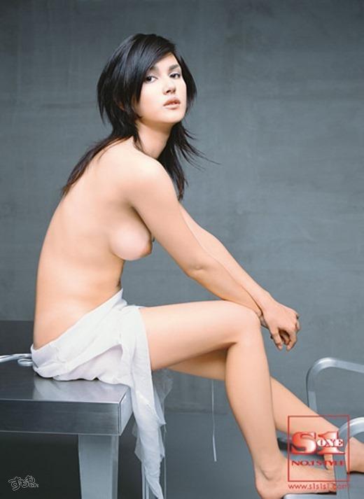 小澤マリア 51