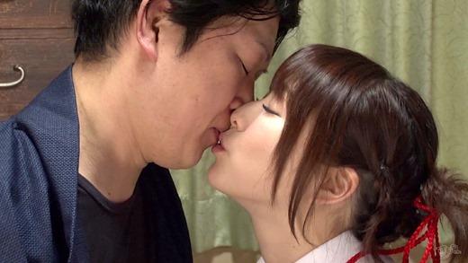 涼川絢音 画像 09