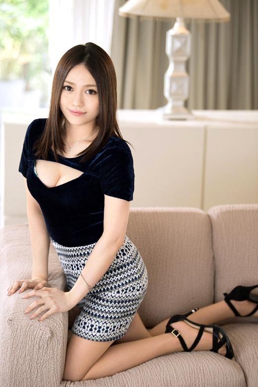 戸田ほのか おっとり上美人人妻のドエロい本性 02