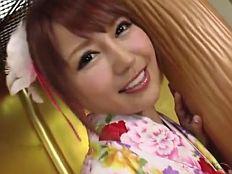 【無】笑顔がキュートなエロカワ娘が振り袖姿でフェラ抜き生ハメ♪