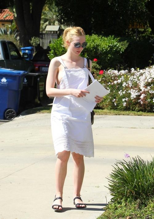 Elle Fanning LA (14)