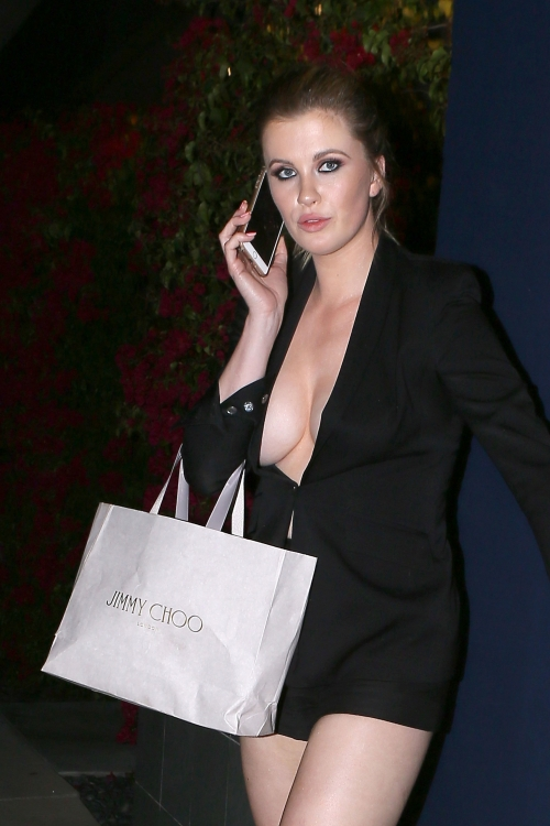 Ireland Baldwin (1)