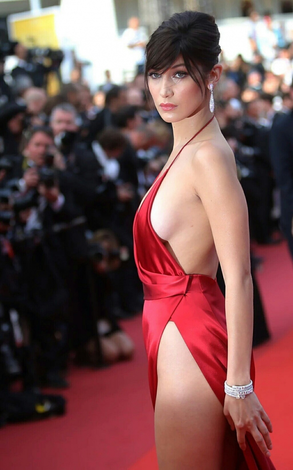 BellaHadid_Cannes (16)
