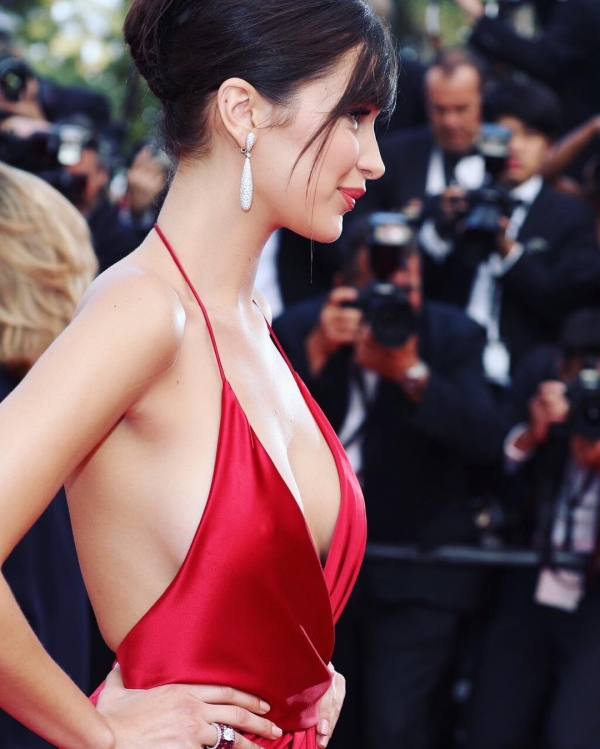 BellaHadid_Cannes (19)