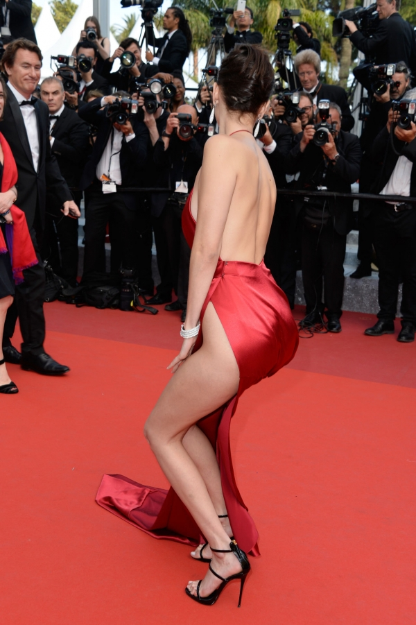 BellaHadid_Cannes (20)