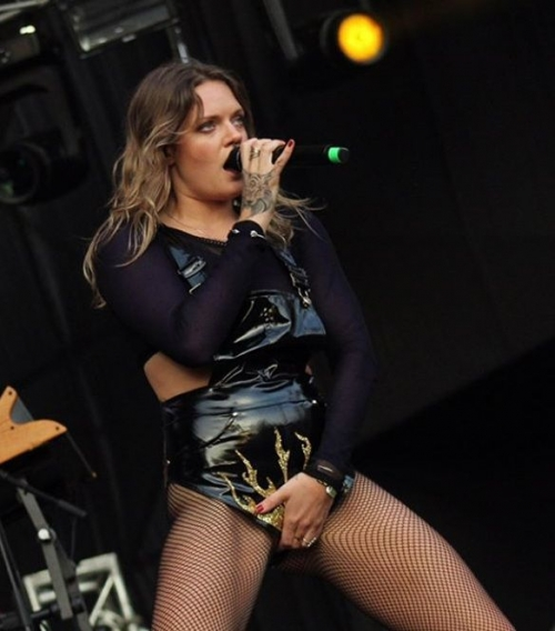 Tove-Lo-See-Through-Topless-7.jpg