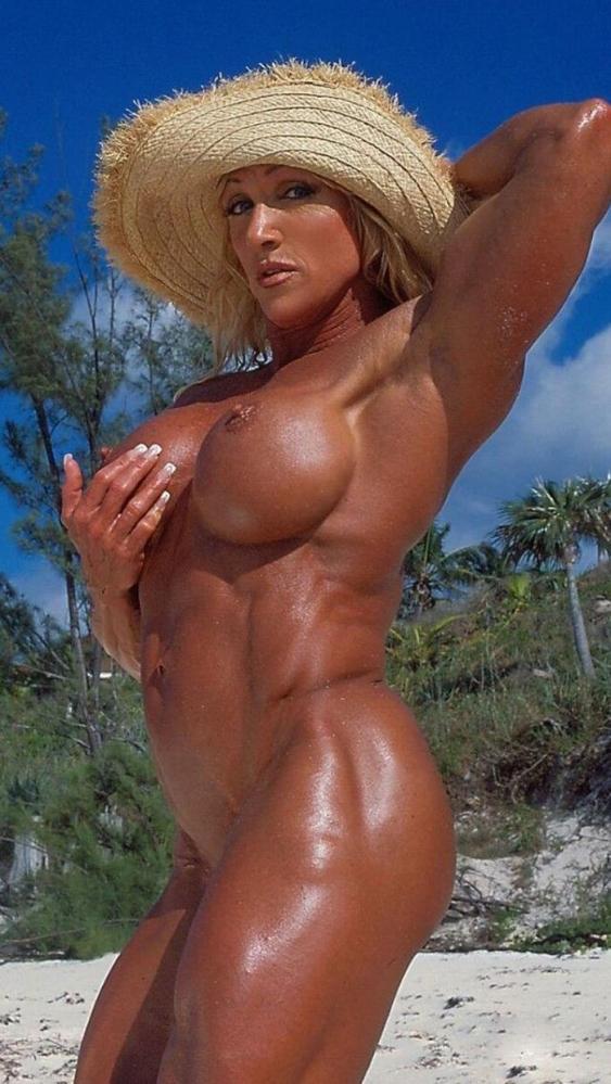 女性ボディビルダーのヌード画像-43