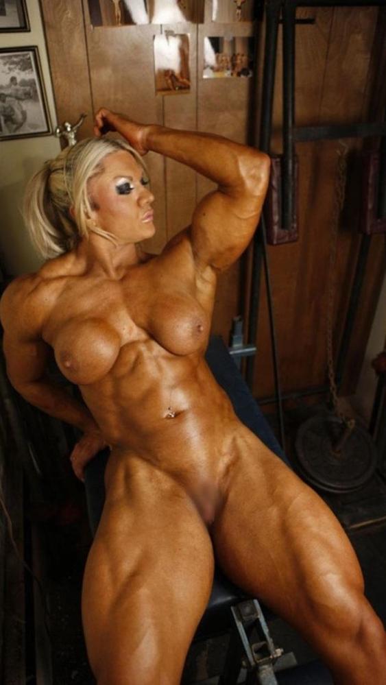 女性ボディビルダーのヌード画像-50