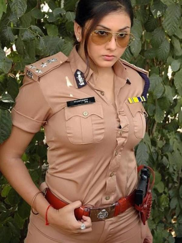 外人婦警のエロ画像-27
