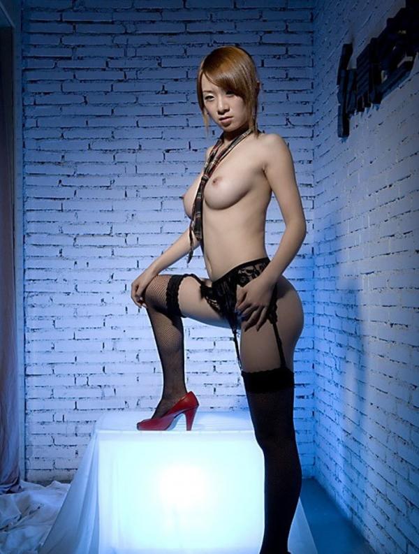 裸ネクタイの画像-46