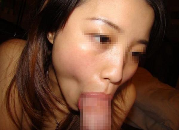 人妻のフェラチオ画像-57