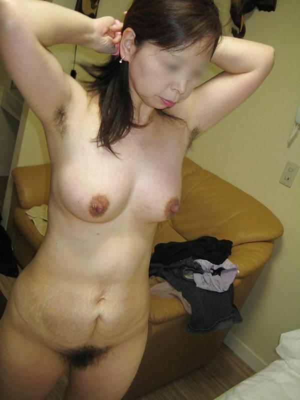 塾女のヌード画像-11