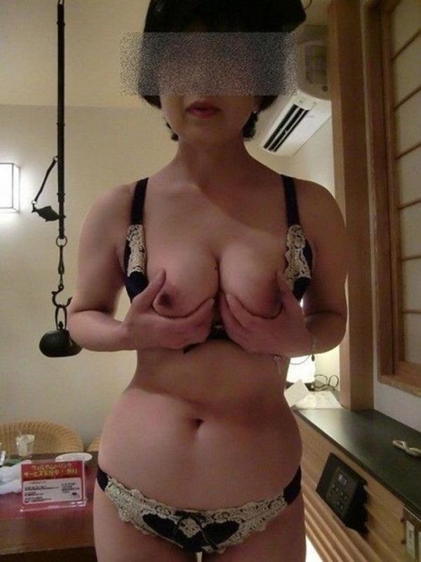 熟女妻のヌード画像-28