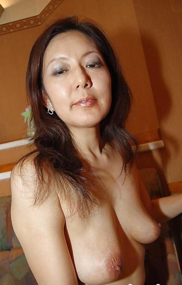 熟女 顔出し 裸 エロ画像