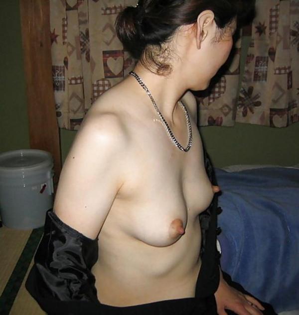 熟女妻のヌード画像-48